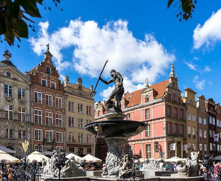 Neptunbrunnen im Zentrum von Danzig